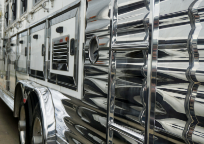 Stainless & Aluminum Trim on a 5-Horse Trailer